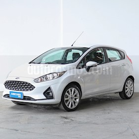 Ford Fiesta Kinetic Sedan SE Plus  usado (2018) color Blanco precio $650.000