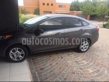 Foto venta Auto usado Ford Fiesta Kinetic Sedan S Plus (2014) color Gris Grafito precio $285.000