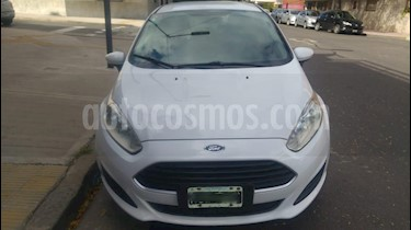 Ford Fiesta Kinetic Sedan S Plus usado (2014) color Blanco precio $310.000
