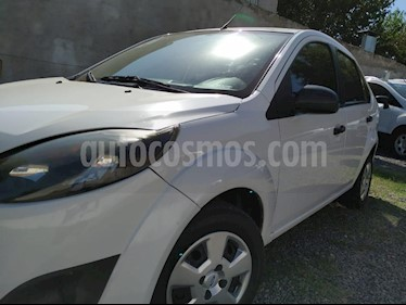 Foto venta Auto usado Ford Fiesta Kinetic Sedan SE Plus  (2011) color Blanco precio $130.000