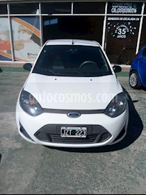 Foto venta Auto usado Ford Fiesta Kinetic Sedan SE Plus  (2011) color Blanco precio $185.000