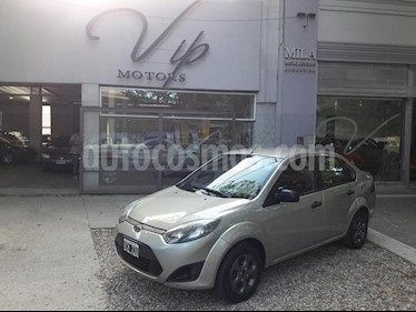Foto venta Auto usado Ford Fiesta Kinetic Sedan SE Plus  (2011) color Dorado precio $235.000