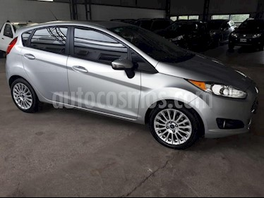 Foto venta Auto usado Ford Fiesta Kinetic Sedan SE Plus  (2014) color Gris Claro precio $370.000