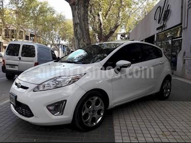 Foto venta Auto Usado Ford Fiesta Kinetic Sedan Titanium Aut (2012) color Blanco precio $290.000
