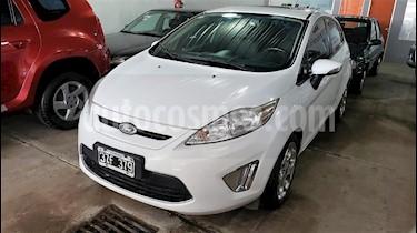 Foto venta Auto usado Ford Fiesta Kinetic Sedan Titanium Aut (2012) color Blanco precio $269.000
