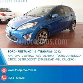 Foto venta Auto usado Ford Fiesta Kinetic Sedan Titanium Aut (2012) color Azul Celeste precio $370.000