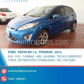 Foto venta Auto usado Ford Fiesta Kinetic Sedan Titanium Aut (2012) color Azul Celeste