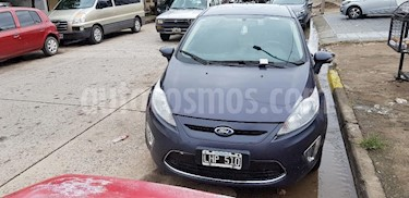 Foto venta Auto usado Ford Fiesta Kinetic Sedan Titanium Aut (2012) color Gris Oscuro precio $270.000