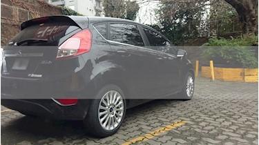 Foto venta Auto usado Ford Fiesta Kinetic Sedan Titanium (2014) color Negro Perla precio $420.000