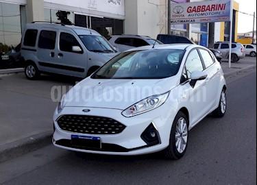 Foto venta Auto usado Ford Fiesta Kinetic Sedan Titanium (2018) color Blanco precio $645.000