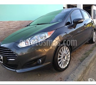 Foto venta Auto usado Ford Fiesta Kinetic Sedan Trend Plus (2015) color Gris Malva precio $420.000
