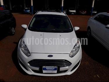 Foto venta Auto Usado Ford Fiesta Kinetic - (2014) color Blanco precio $390.000
