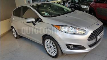 Foto venta Auto usado Ford Fiesta Kinetic - (2015) color Gris precio $420.000