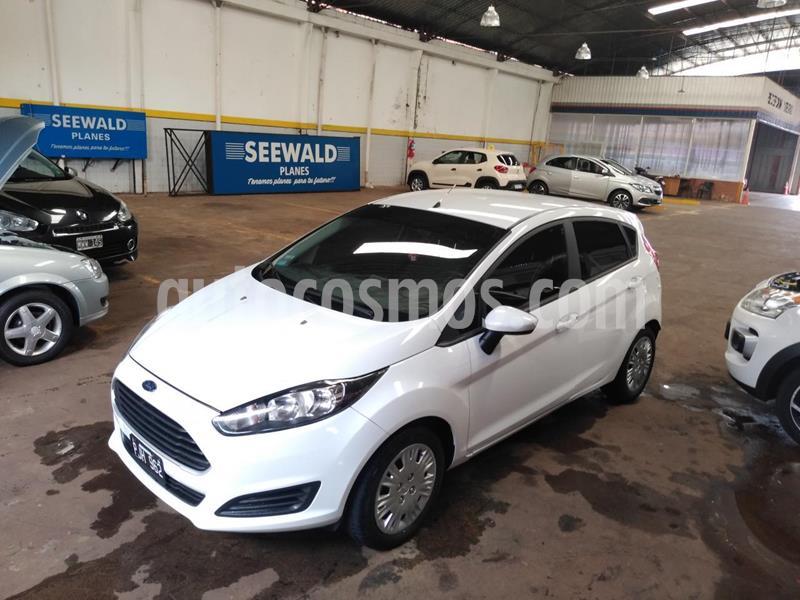 Ford Fiesta Kinetic 5P 1.6 S MT (120cv) usado (2015) color Blanco precio $750.000