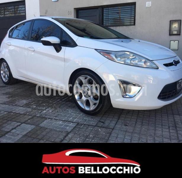 Ford Fiesta Kinetic S usado (2011) color Blanco Oxford precio $650.000
