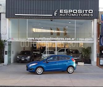 Ford Fiesta Kinetic Titanium Powershift usado (2015) color Azul precio $635.000