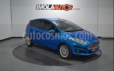 Ford Fiesta Kinetic SE  usado (2016) color Azul Mediterraneo precio $670.000