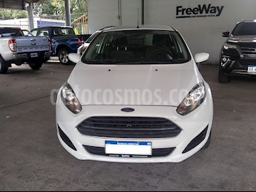 Ford Fiesta Kinetic S usado (2016) color Blanco Oxford precio $550.000