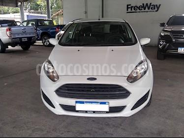Ford Fiesta Kinetic S usado (2016) color Blanco Oxford precio $550.000