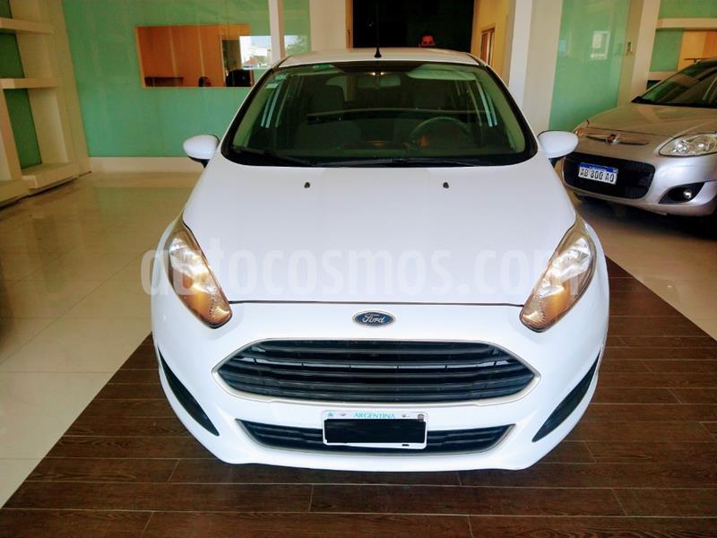 Ford Fiesta Kinetic S usado (2015) color Blanco precio $635.000