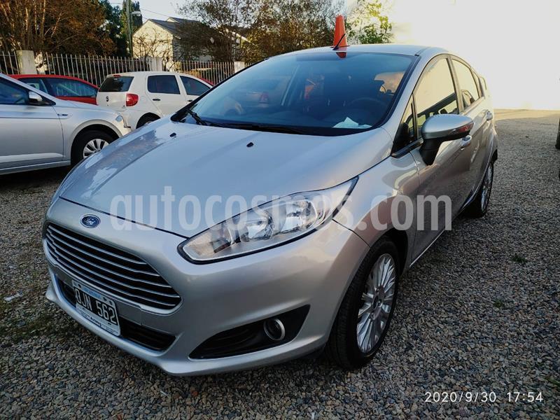 Ford Fiesta Kinetic SE  usado (2014) color Plata Estelar precio $780.000