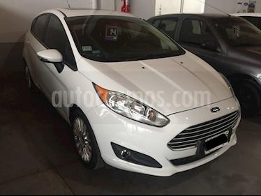 Ford Fiesta Kinetic 5P 1.6 SE Plus MT (120cv) usado (2014) color Blanco precio $610.000