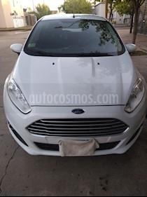 Ford Fiesta Kinetic SE  usado (2015) color Blanco precio $530.000