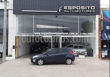 Ford Fiesta Kinetic Titanium usado (2011) color Azul precio $450.000