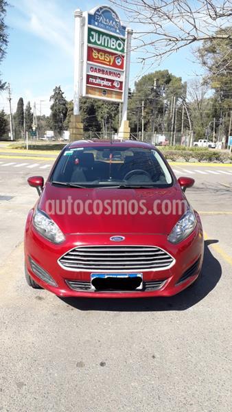 Ford Fiesta Kinetic SE  usado (2016) color Rojo Sport precio $750.000