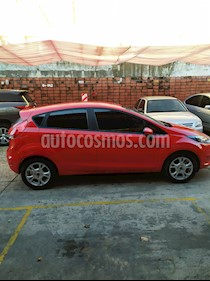 Ford Fiesta Kinetic S Plus usado (2015) color Rojo Sport precio $620.000