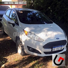 Ford Fiesta Kinetic Titanium Powershift usado (2017) color Blanco precio $740.000