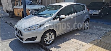 Ford Fiesta Kinetic S Plus usado (2017) color Plata Estelar precio $635.000