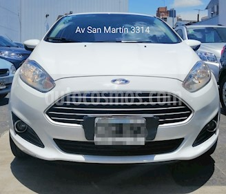 Ford Fiesta Kinetic SE Plus Aut usado (2014) color Blanco Oxford precio $520.000