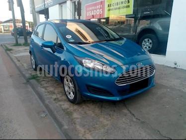 Ford Fiesta Kinetic SE  usado (2017) color Azul Celeste precio $600.000