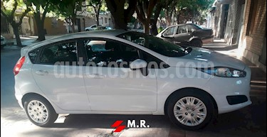 Foto venta Auto usado Ford Fiesta Kinetic S Plus (2015) color Blanco Oxford precio $350.000