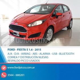 Foto venta Auto usado Ford Fiesta Kinetic S (2015) color Rojo precio $398.000