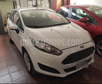 Foto venta Auto usado Ford Fiesta Kinetic S (2016) color Blanco precio $355.000