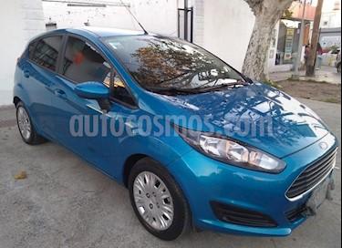 Foto venta Auto usado Ford Fiesta Kinetic S (2015) color Azul Mediterraneo precio $346.900
