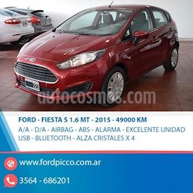 Foto venta Auto usado Ford Fiesta Kinetic S (2015) color Rojo precio $395.000