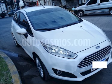 Foto Ford Fiesta Kinetic SE Plus  usado (2017) color Blanco precio $590.000