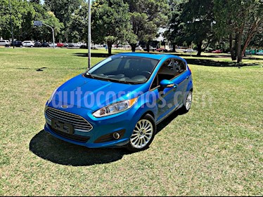 Foto venta Auto Usado Ford Fiesta Kinetic SE Plus  (2014) color Azul Mediterraneo precio $315.000