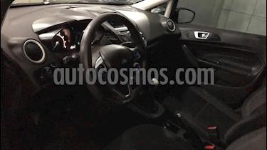 Ford Fiesta Kinetic SE  usado (2015) color Negro Perla precio $490.000