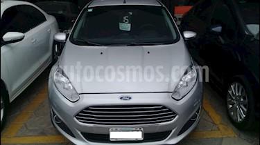 Ford Fiesta Kinetic SE  usado (2015) color Gris Claro precio $590.000