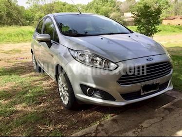 Foto venta Auto usado Ford Fiesta Kinetic SE  (2015) color Gris Claro precio $360.000