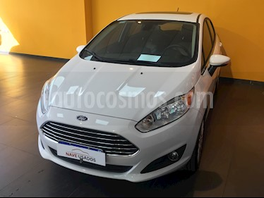 Ford Fiesta Kinetic Titanium Powershift usado (2017) color Blanco precio $678.000