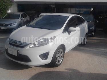foto Ford Fiesta Kinetic Titanium usado (2012) color Blanco precio $270.000