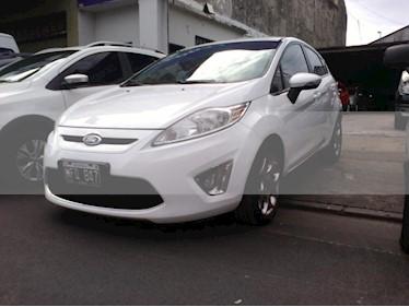 Foto Ford Fiesta Kinetic Titanium usado (2013) color Blanco precio $420.000