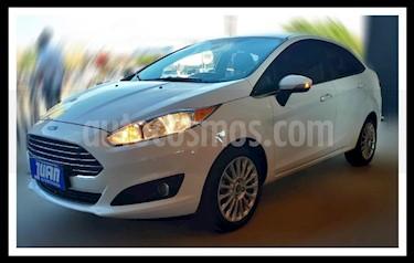 Foto venta Auto usado Ford Fiesta Kinetic Titanium (2014) color Blanco precio $475.000
