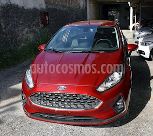 Foto venta Auto usado Ford Fiesta Kinetic Titanium (2018) color Rojo Rubi precio $800.000
