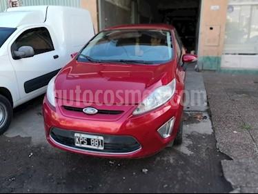 Foto venta Auto usado Ford Fiesta Kinetic Titanium (2011) color Magenta precio $265.000
